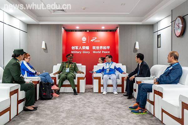 国际军体官方代表检查军运会柔道项目筹备工作